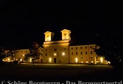 Schloss Tegernsee am Abend