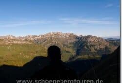 Hoehenzug von Nebelhorn und Daumen
