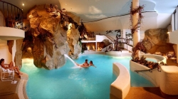 Almhof Hotel Call - Felsenschwimmbad