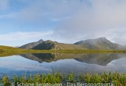 Antholzertal - Kleiner See in der Naehe des Innerriedl