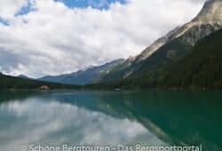 Antholzertal - Blick ueber den Antholzer See