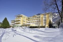 Das Alpenhaus Gasteinertal - Aussenansicht im Winter