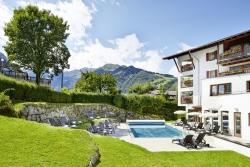Das Alpenhaus Kaprun - Beheizter Aussenpool und Garten