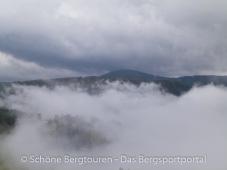 Eggental - Wolkenspiele am Morgen über Deutschnofen