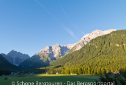 Hochpustertal / Sextener Dolomiten / Pragser Dolomiten - Morgens in Sexten