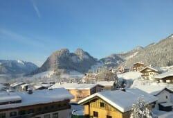 Gaestehaus Rottenspacher - Ausblick zum Staffen im Winter