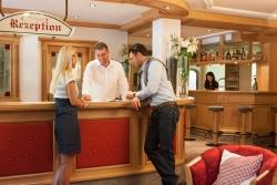 Hotel Vierbrunnenhof - Rezeption