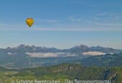 Ballon ueber dem Kaiserwinkl