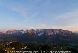 Kaisergebirge im Abendlicht