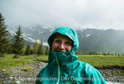 Marmot Starfire Jacket - Laecheln bei Regen