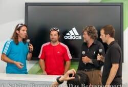 Pressekonferenz am Adidas Stand