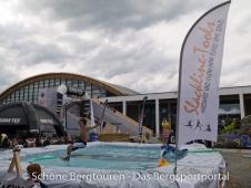 Outdoor 2012 Friedrichshafen - Slacklinen ueberm Wasser