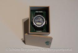 Pro Trek PRW-6000 - Uhr in der Holzbox.jpg