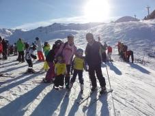 Fuegen - Spieljoch - Familie mit Ski