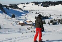 Hochhaederich - Skifahrer auf Piste