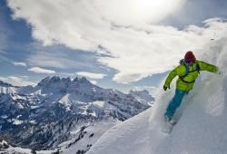 Portes du Soleil - Skifahrer mit Dents du Midi