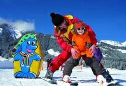 Reutte-Hahnenkamm - Kinder auf Ski
