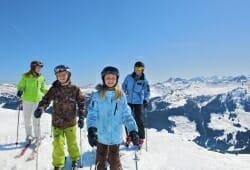 Saalbach-Hinterglemm-Leogang - Familie auf Ski