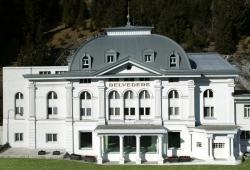 Steigenberger Grandhotel Belvedere - Aussenansicht