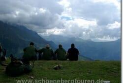 Der Stosstrupp macht Pause am Col de Tricot