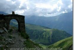 Oberhalb der Chalets de Miage am Col de Tricot