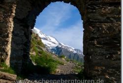 Torbogen am Col de Tricot