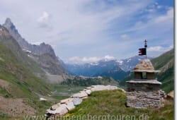 Lac de Combal und Glacier du Miage