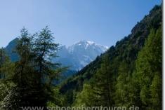 Rückblick zum Mont Blanc de Courmayeur