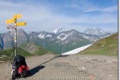 Wegweiser am Grand Col Ferret