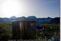 Frischer Pott Kaffee mit Panorama