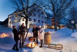 Travel Charme Fuerstenhaus Am Achensee - Gluehwein im Schnee
