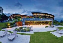 Travel Charme Ifen Hotel - Aussenansicht im Sommer