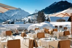 Travel Charme Ifen Hotel - Terrasse im Winter