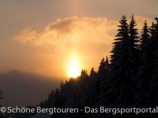 Abendsonne ueber dem Plateau