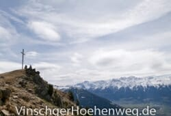 Das Gipfelkreuz der Spitzige Lun