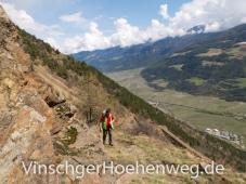 Wanderer auf dem Vinschger Hoehenweg