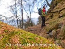 Wanderer oberhalb des Glasaunbachs