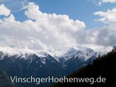 Weissbezuckerte Berge