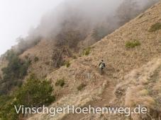 Wanderer oberhalb Vetzan