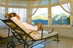 Wellness-Residenz Schalber - Ruheraum mit Panoramablick