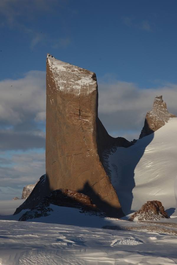 Die Holtanna mit ihrer absolut-senkrechten Westwand