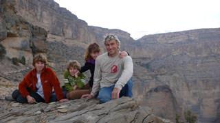 Michael Waerthl mit Familie auf Neulandsuche im Oman