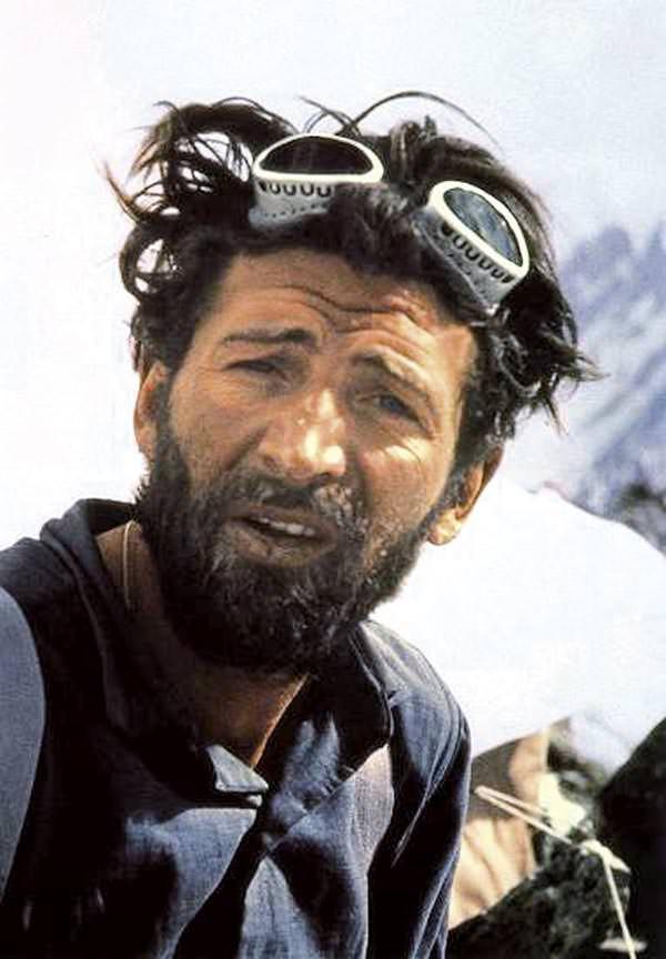 Hermann Buhl nach Gipfelerfolg am Broad Peak