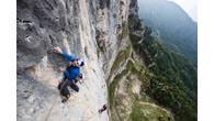 """Liebe Berg- und Kletterfreunde, die Brüder Eneko & Iker Pou bewältigten diesen Sommer ihr erstes Ziel die Route """"Solo per vecchi guerrieri"""" (""""Nur für alte Kämpfer""""), ein 8c-Aufstieg mit 150 […]"""