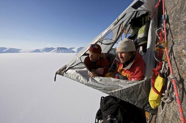 Baffin Island - Robert Jasper und Stefan Glowacz über dem Buchan Gulf