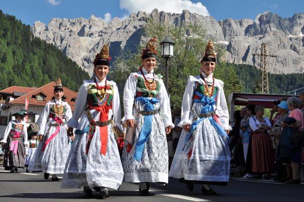 Groeden-Val Gardena - Trachtenumzug