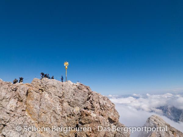Wettersteingebirge - Gipfelkreuz der Zugspitze