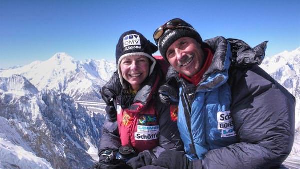 Gerlinde Kaltenbrunner und Ralf Dujmovits am Broad Peak