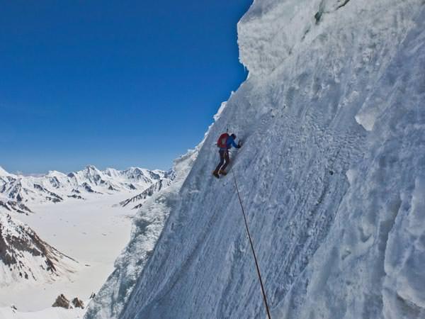 Expedition Karakorum 2012 - Herve waehrend einer langen Querung