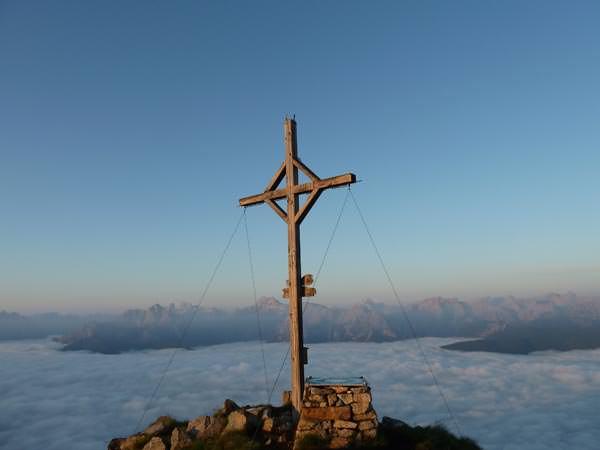 11 Gipfel Tour - Rudlhorn mit Sextner Dolomiten im Hintergrund
